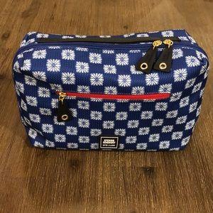 🆕🎄2/$17🎁Estée Lauder Travel toiletry bag
